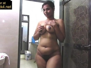 Mature Indian Mom Pressing Big Desi Tits In Shower Masturbation