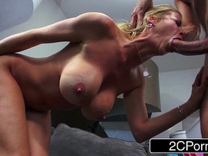 Experienced MILF Alexis Fawx Gives Shy Guy a Proper Blowjob