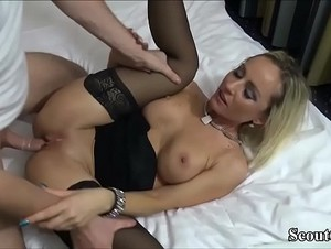 Hot German Teen in Lingerie Get Fucked after Erotik Chat