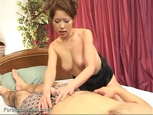Uncensored Japanese Erotic Fetish Sex - Bedroom Play (Pt 1)